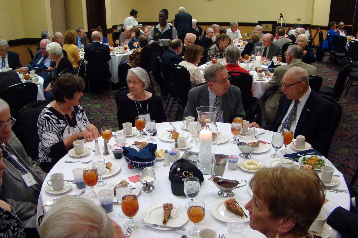 Banquet-Tables-100